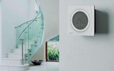 Danfoss представляет новый комнатный термостат GreenCon