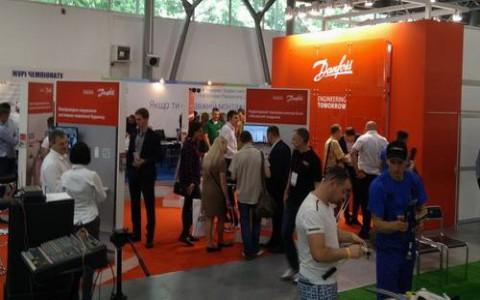 Компания Danfoss приняла участие в фестивале монтажников и проектантов