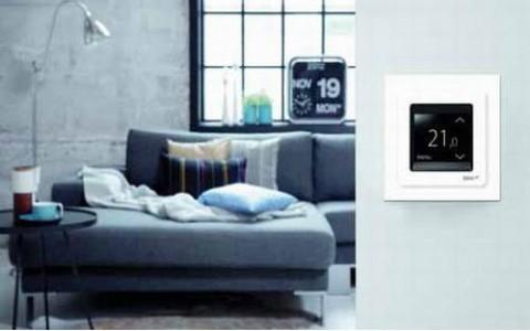 DEVIreg Touch - новый терморегулятор для управления кабельными системами отопления